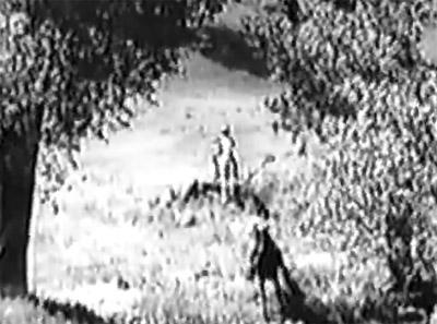 Roaring West--horseback chase