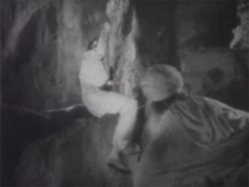 Return of Chandu--tiger-pit chain-swing